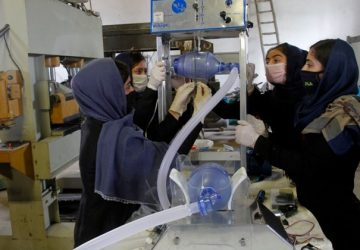 Covid-19: Robot-designing Afghan girls try building ventilator from used car parts