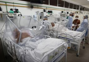 US records 100,000 Covid-19 deaths as pandemic tightens its grip on Latin America