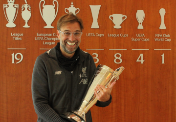 Liverpool's Klopp is the Manager of the Year