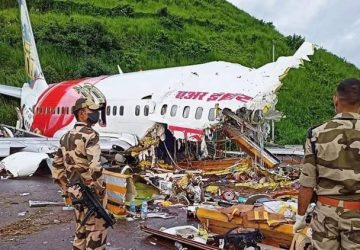 Rescuers shaken by 'blood and death' of India jet disaster