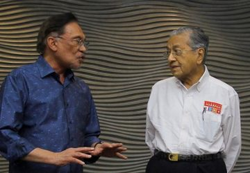 I wasn't against Anwar's bid to become PM, insists Dr M