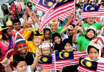 Malaysia's population grew to 32.7 million at end of 2020
