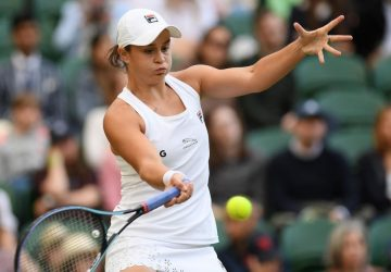 Barty keeps dream alive as she eases into Wimbledon semis