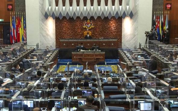 Contract doctors, vaccine certificates among issues to be discussed in Dewan Rakyat today