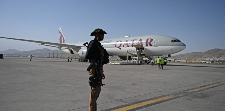 Afghanistan commercial flights resume as UN accuses Taliban of harassment