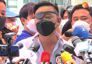 Thai royalist turns protester as anti-government movement broadens